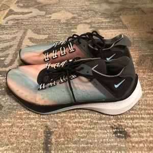 Nike EXP-14 QS Sneakers